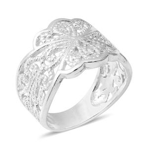 Jewelry - STERLING SILVER LEAF RING
